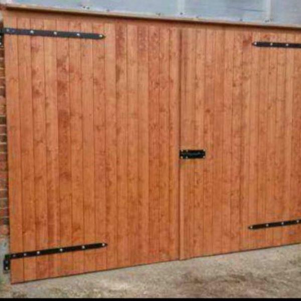 Straight Vertical Panels Timber Garage Doors