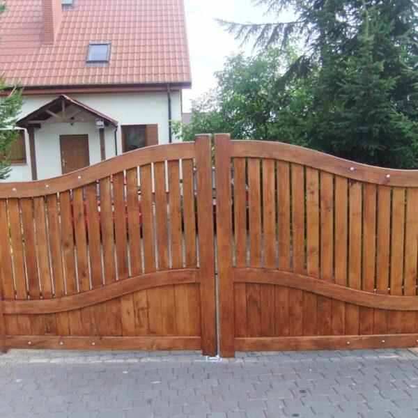 Wooden bespoke gates